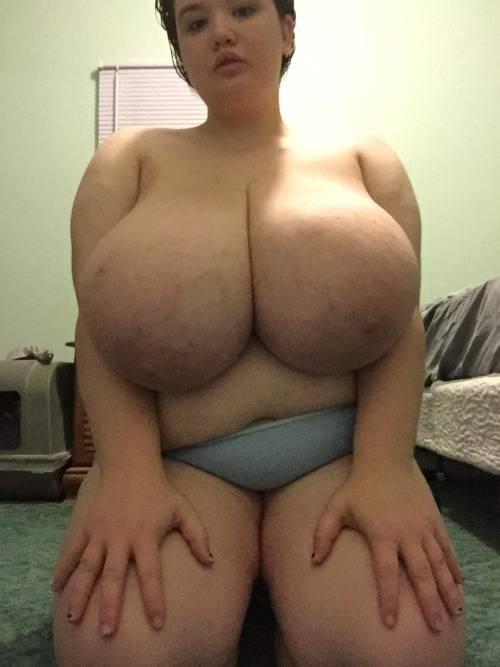 Girl midgets pissing panties